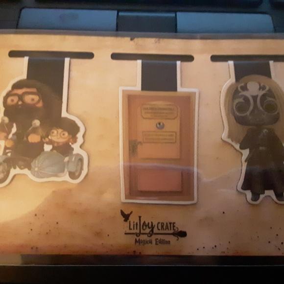 LitJoy Crate Magnetic Bookmark Set of 3